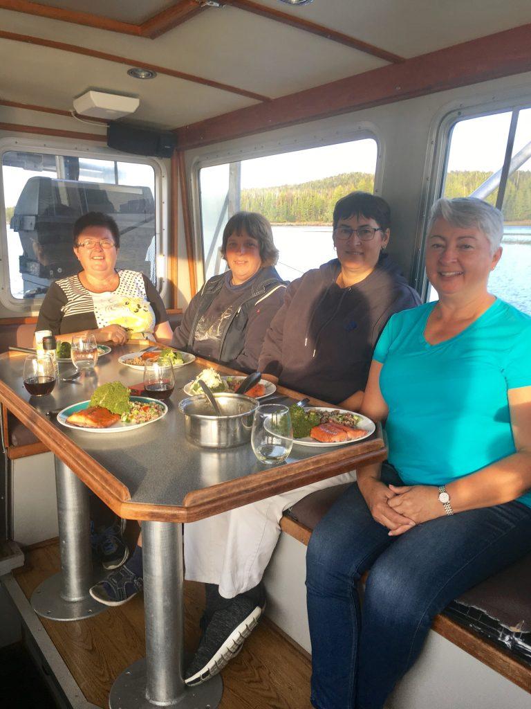 Dinner Accomodations on Sportfishing Charter